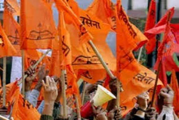 Jawans Are Dying, But You Want To Talk About <em>Pakodas</em>, Shiv Sena Hits Out At BJP