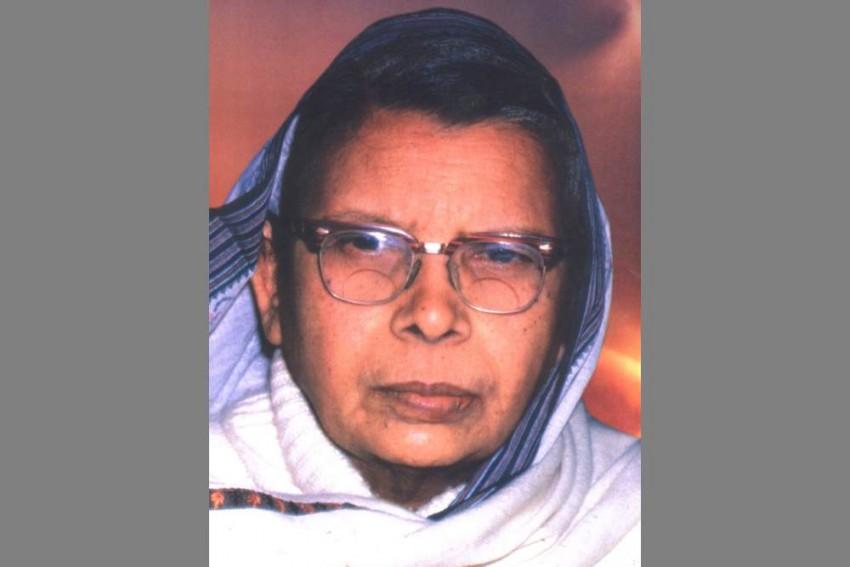 30 Years After Death, Late Poet-Activist Mahadevi Varma Gets Tax Notice