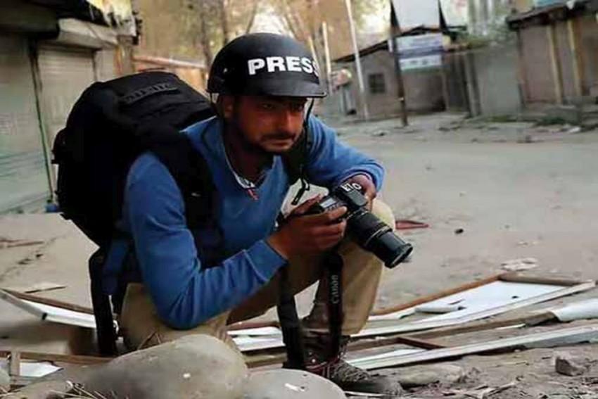 NIA Failed To Provide A Single Evidence Against Kamran Yousuf: Delhi Court Grants Bail To Kashmiri Photo-Journalist