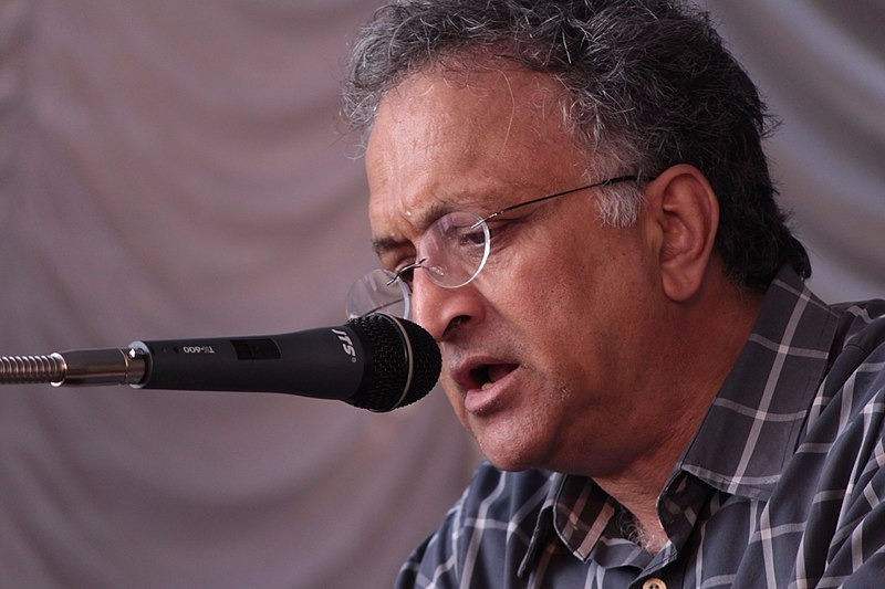 Burka Is Symbolically Akin To Trishul, Says Ramachandra Guha In A Call To Liberals To Treat Communalism Of All Shades Alike