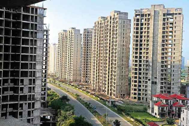 SC Asks Jaypee Associates To Deposit Rs 200 Cr By May 10,  Restrains Realty Firm from Sending Default Payment Notices To Homebuyers