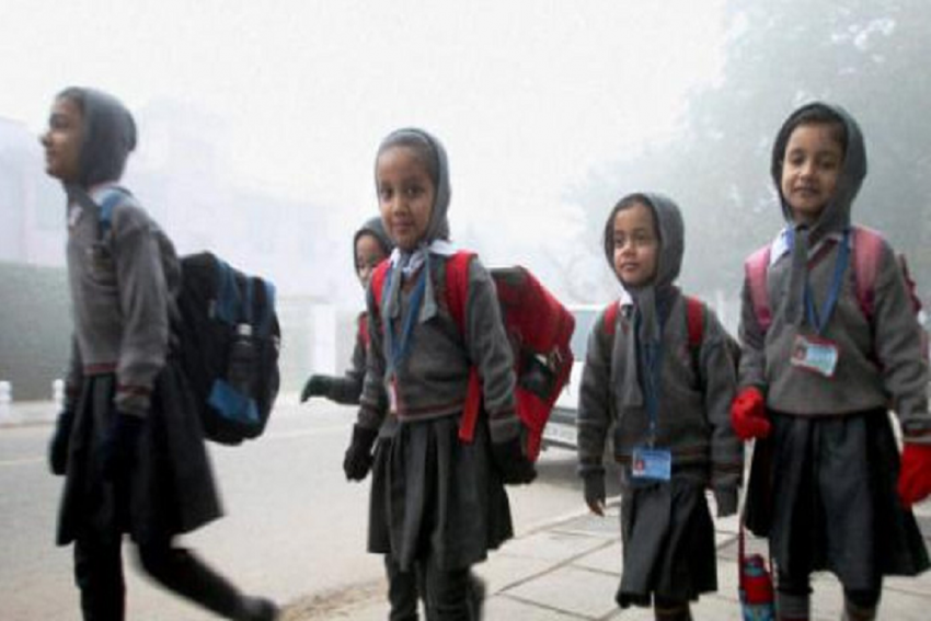 Delhi Govt Warns Private Schools Against Asking For Aadhaar From Economically Weaker Sections' Families