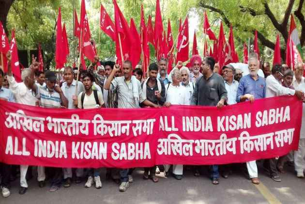 The Farmers' March Should Have Its Own Agenda Rather Than Swaminathan Commission's