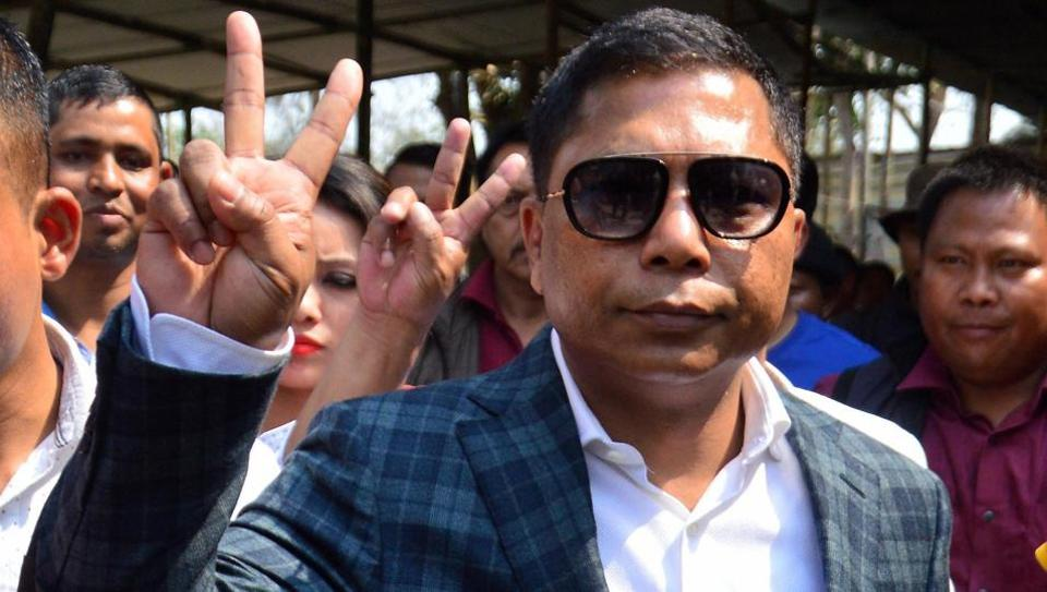Without Letters Of Support To Prove Numbers, Congress Leaders Meet Meghalaya Governor To Form Government