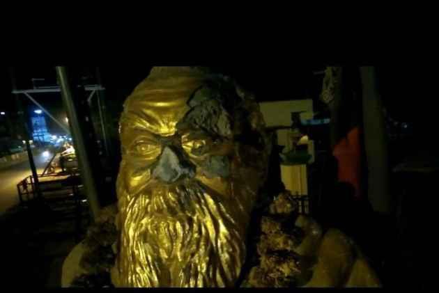 Dravidian Icon Periyar Statue Vandalised In Tamil Nadu's Vellore Hours After BJP Leader H Raja's Threat