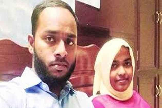 Supreme Court Restores Hadiya's Marriage, Sets Aside Kerala High Court's Order