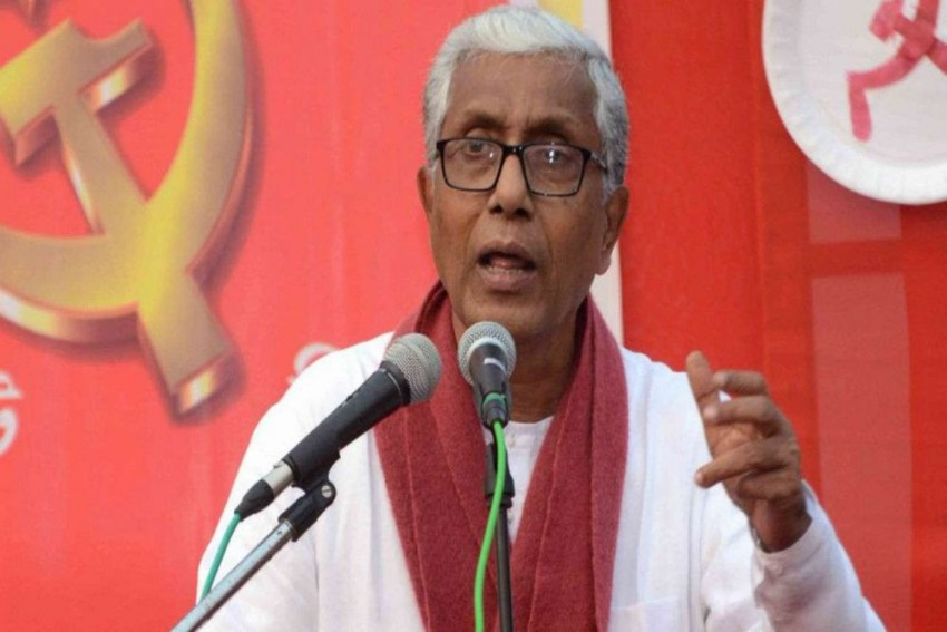 Tripura's Outgoing CM Manik Sarkar Checks In To His New Residence -- Party Office