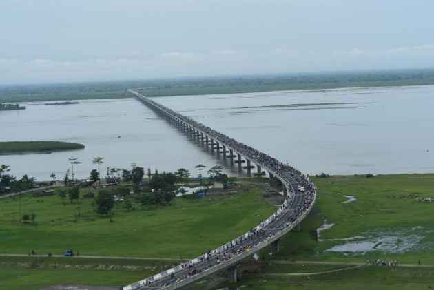 When A Top Cop Builds A Magic-Real Bridge From Jorhat To Jaisalmer