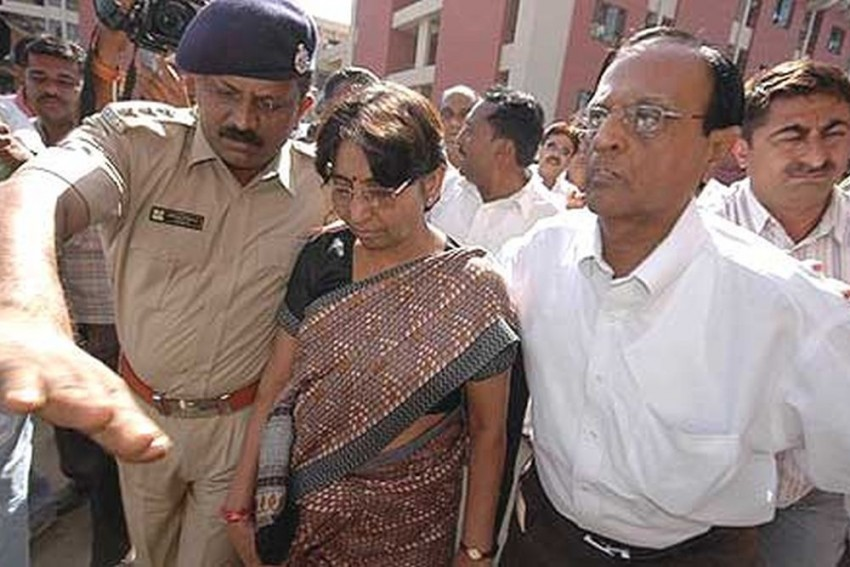 2002 Naroda Patiya Riots: Gujarat High Court Acquits Maya Kodnani, Upholds Conviction Of Babu Bajrangi