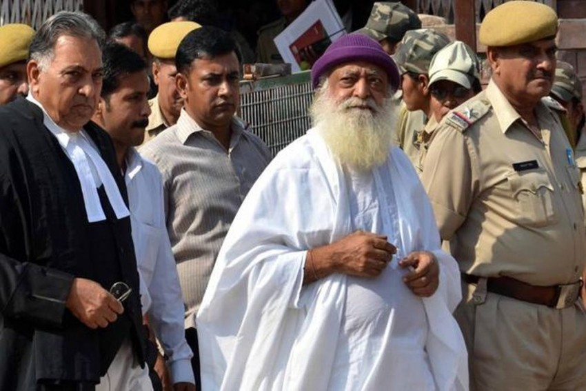 Top Officers Bow At My Feet, Asaram Told Schoolgirl He Raped
