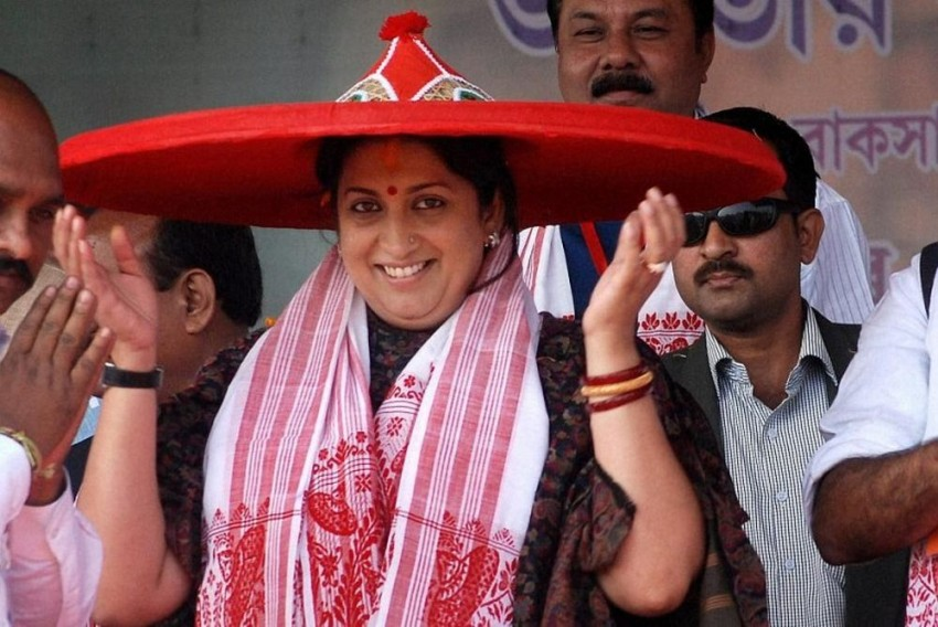 New Rules To Prevent Journalists From Reporting 'Uncomfortable' News: Congress Reacts To Fake News Guidelines, Smriti Irani Responds