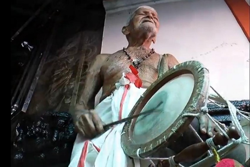 Percussion Expert Padmanabha Marar, Who Sang 'Sopanam' For Over 100 Years At His Neighbourhood Temple, Dies