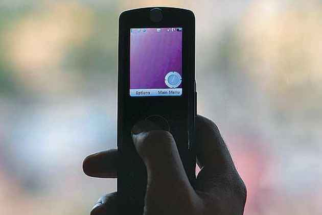 Telecom Commission Allows Use Of Mobile Services In Flights And Ships