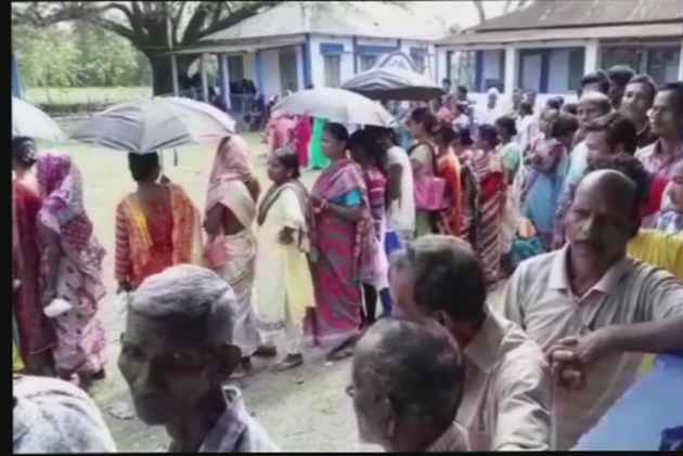 West Bengal Panchayat Polls: Re-Polling Underway In 568 Booths