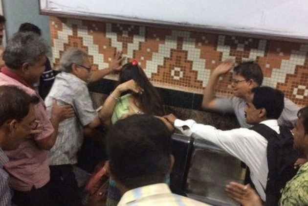 Couple Thrashed For 'Standing Too Close' Inside Kolkata Metro, 'Moral Policing' Sparks Protests