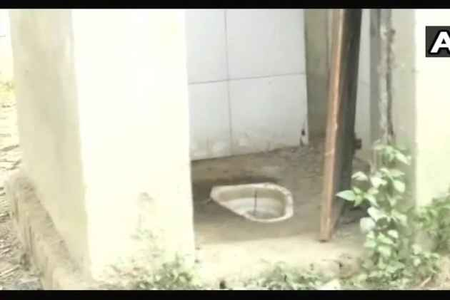 Click Selfies With Toilets Or Lose Salary, Govt Employees In UP's Sitapur Told