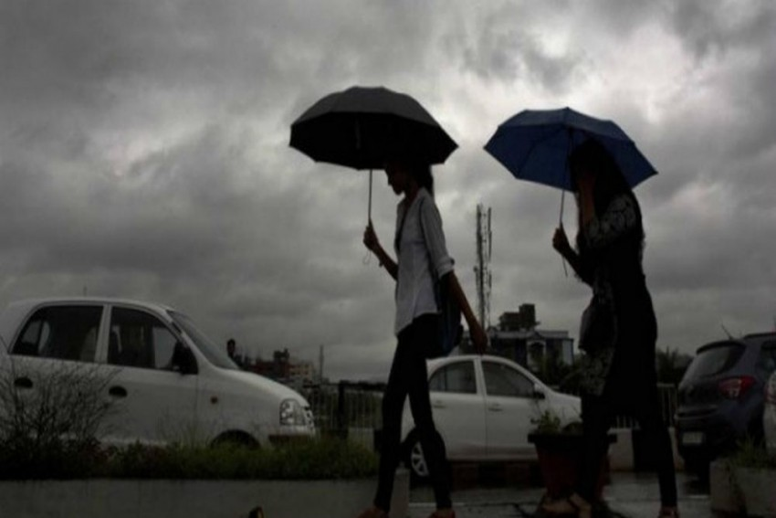 Delhi-NCR Weather Alert: Pre-Monsoon Rains Likely To Bring Relief From Heat On Tuesday