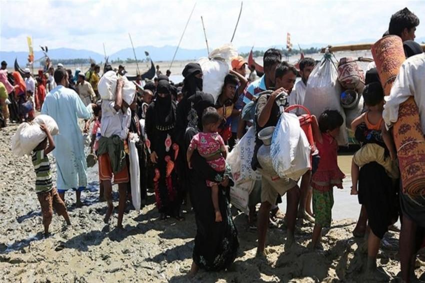 Human Traffickers Targeting Rohingya Refugees In Bangladeshi Camps: Report