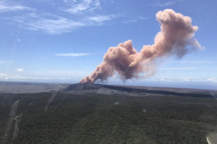 Thousands Of People Asked To Leave Homes After Hawaii Volcano Eruption In US
