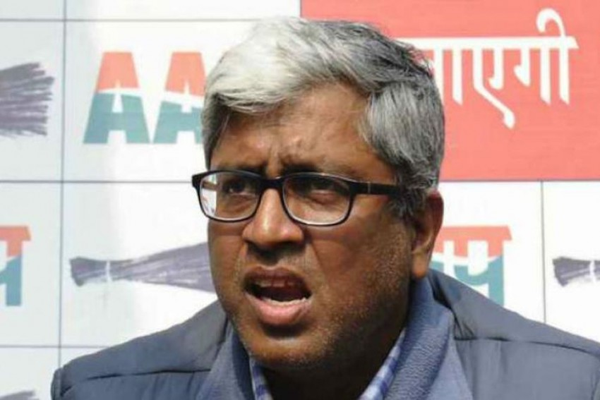 AAP Leader Ashutosh In Trouble As Court Orders FIR Against Him For Remarks On Gandhi, Vajpayee