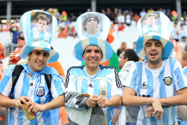 Messi Mania Takes Over As Albiceleste's Fans Descend On Moscow