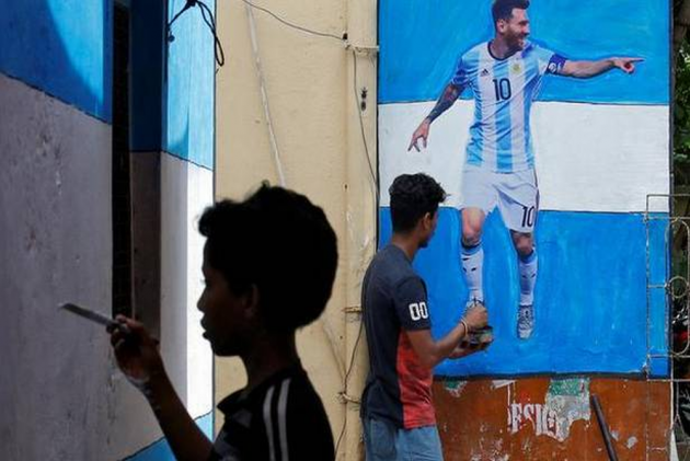 FIFA World Cup Fever Grips Cricket-Crazy Indians