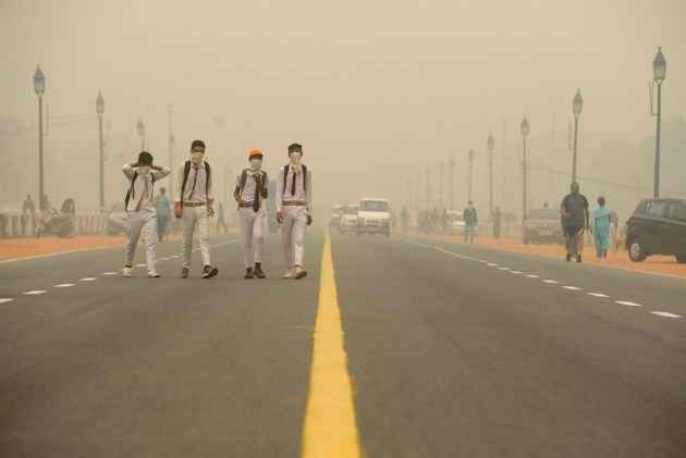 Air Quality In Delhi Remains Beyond 'Severe' For Third Straight Day