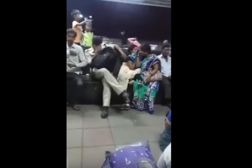 Video: Mumbai Cop Molesting Woman Caught On Camera, Thrashed By Public