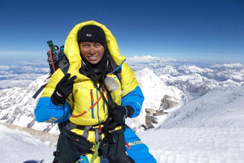 Meet Monti Rajkhowa, The First Assamese Woman To Scale Mount Kanchenjunga