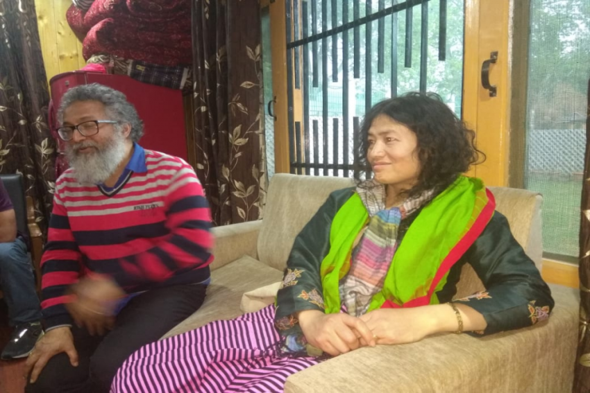 Irom Sharmila Calls Stone-Pelting Futile, Urges Kashmiris To Stir Peacefully