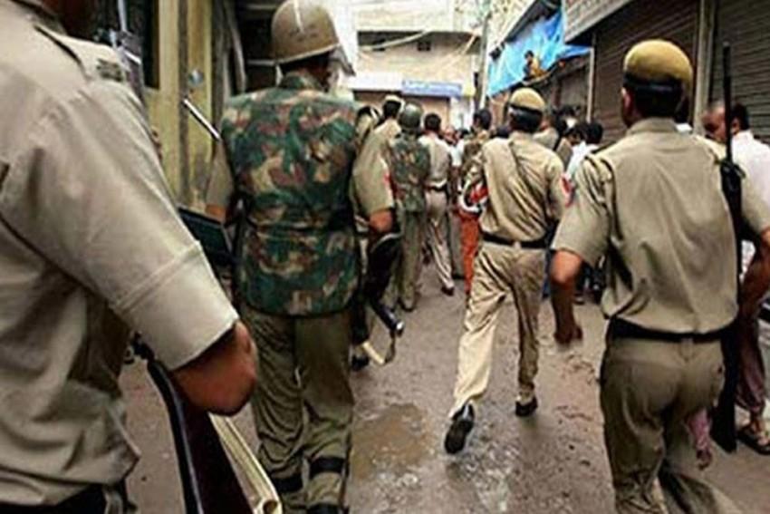 4 Criminals Killed In Encounter Between Delhi Police And Rajesh Bharti Gang In Chhatarpur Area