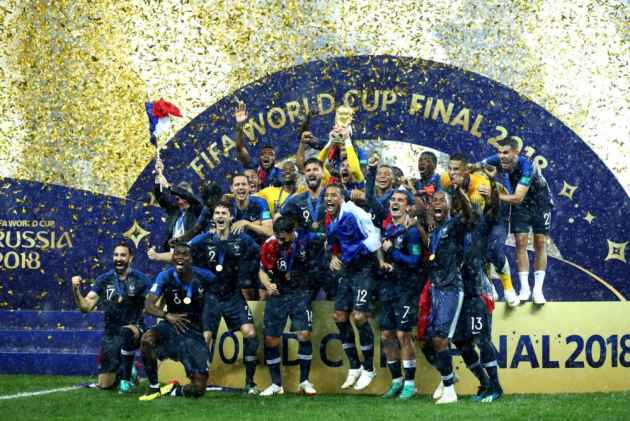 France Kiss The World Cup After 20 Years, Croatia Win Hearts