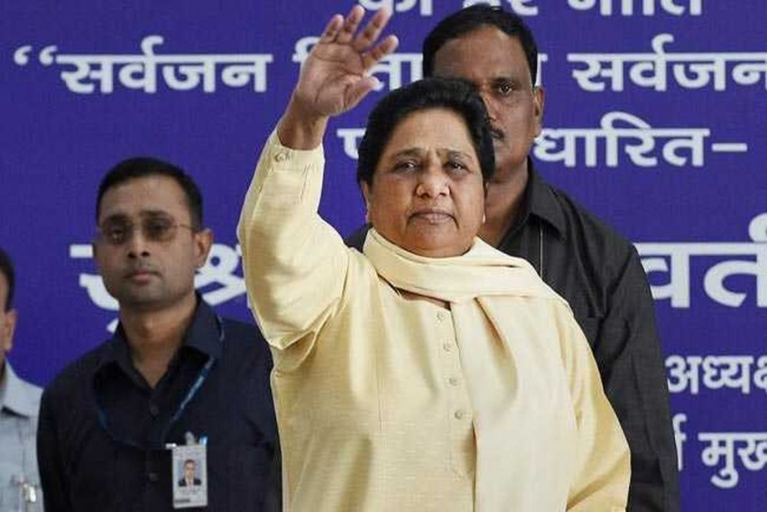 Mayawati Removes Party Leader Who Raked Up Sonia Gandhi's 'Foreign Origin'