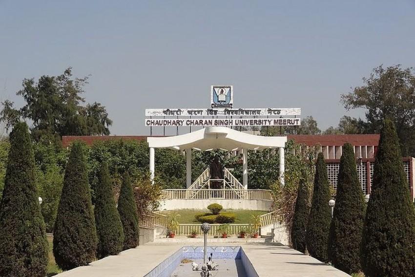 Meerut: University Bans Women's Scarf In Campus
