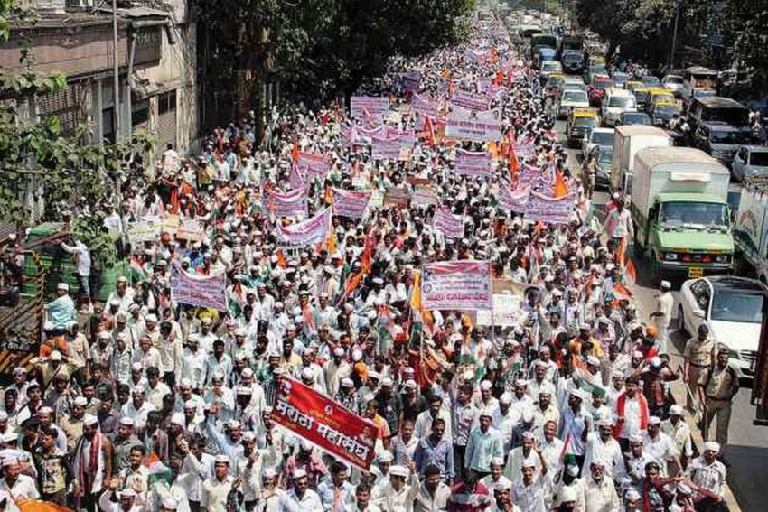 Maratha Protests: Protestor Who Attempted Suicide Dies