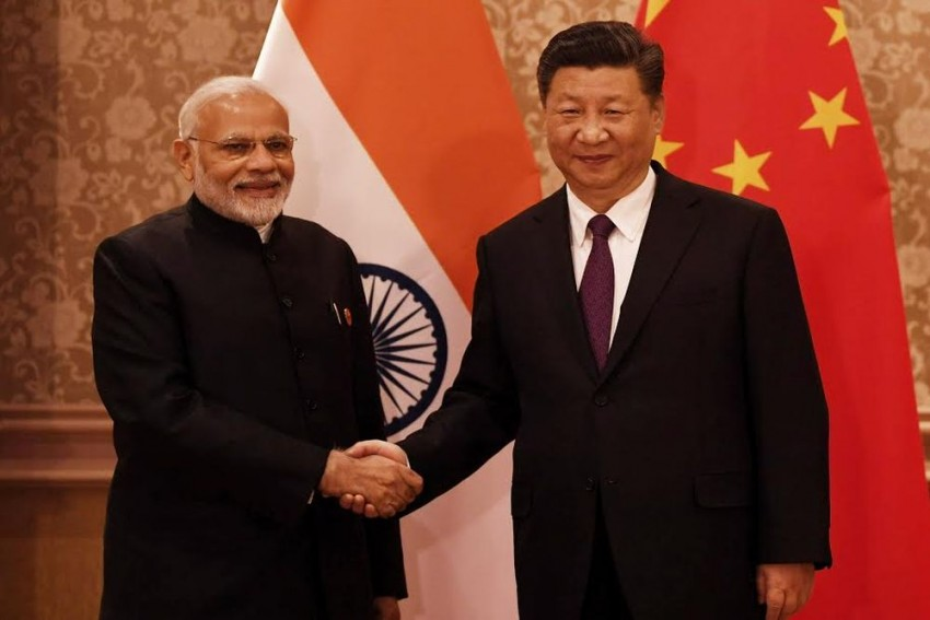 Modi, Xi Jinping Agree To Maintain 'Momentum' In Ties, Chinese Defence Minister To Visit India Next Month