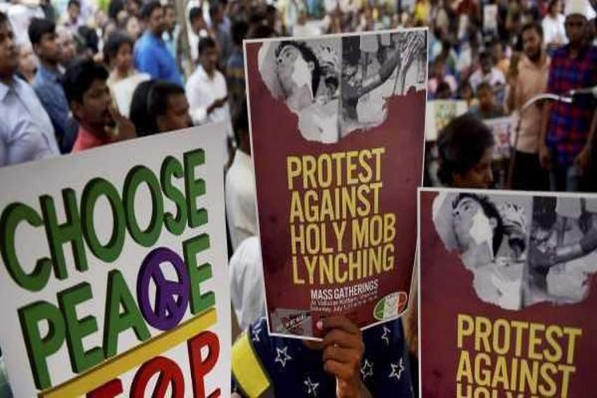 Centre Will Soon Bring Bill Proposing Death For Lynching, Says Hansraj Ahir