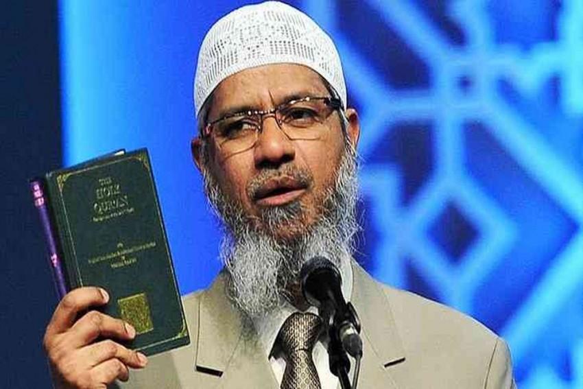 Islamic Preacher Zakir Naik Will Not Be Deported, Says Malaysian PM Mahathir Mohamad