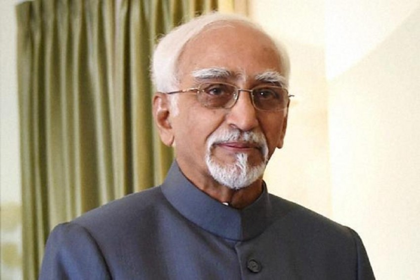 PM's Remarks At My Farewell Considered Departure From Accepted Practice: Hamid Ansari