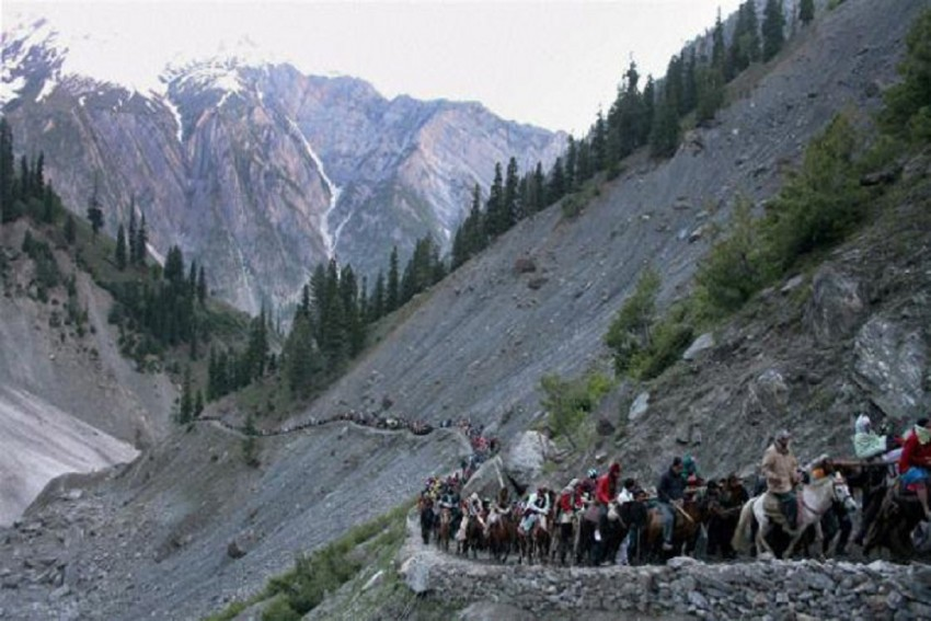 Amarnath Yatra Suspended For A Day On Burhan Wani's Death Anniversary, Thousands Stranded