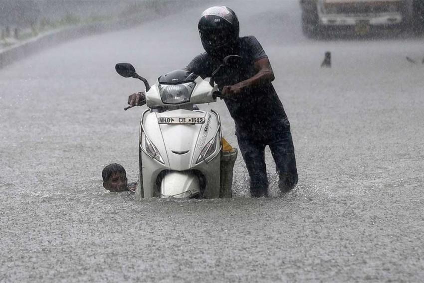 Heavy Rains Continue To Lash Mumbai, Schools And Colleges Shut