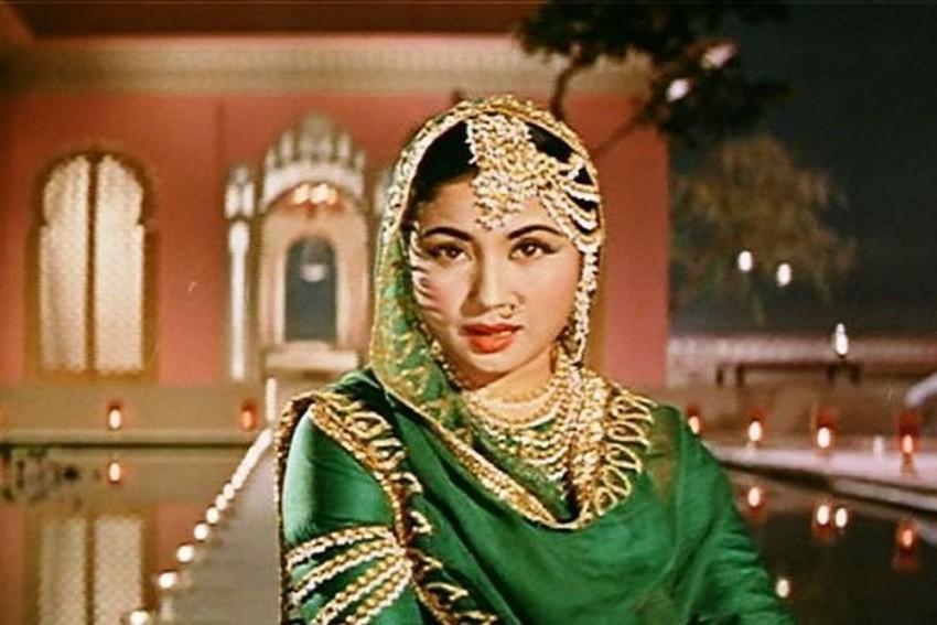 10 Best Films Of Meena Kumari