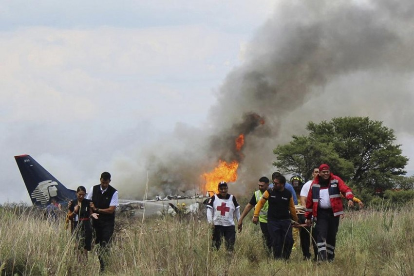 All Survive After Plane Crashes In Mexico