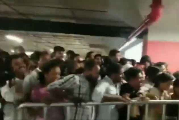 Video: Stampede-Like Situation In Hyderabad As 40,000 People Throng