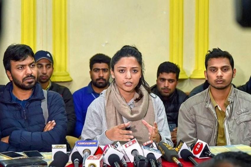 JNU Student Shehla Rashid Alleges Death Threat From Don