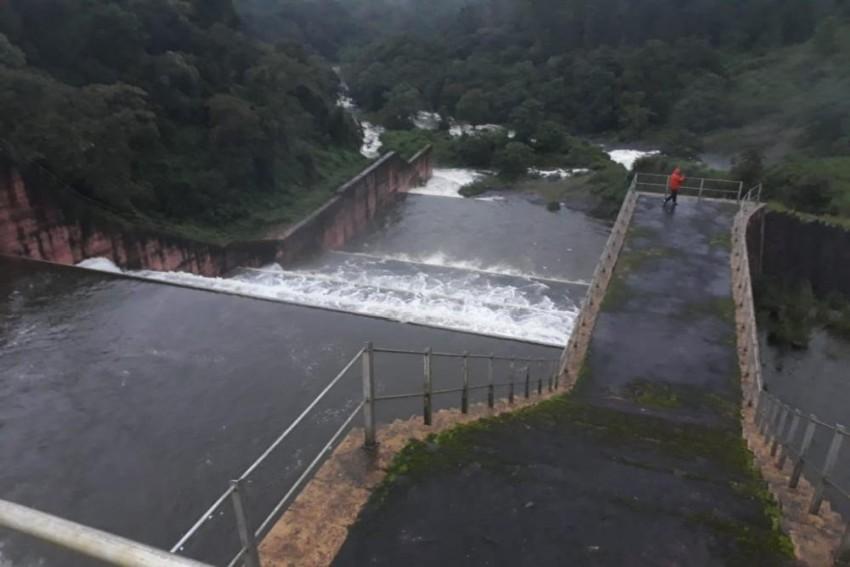 Kerala CM Appeals Tamil Nadu To Lower Water Level In Mullaperiyar Dam