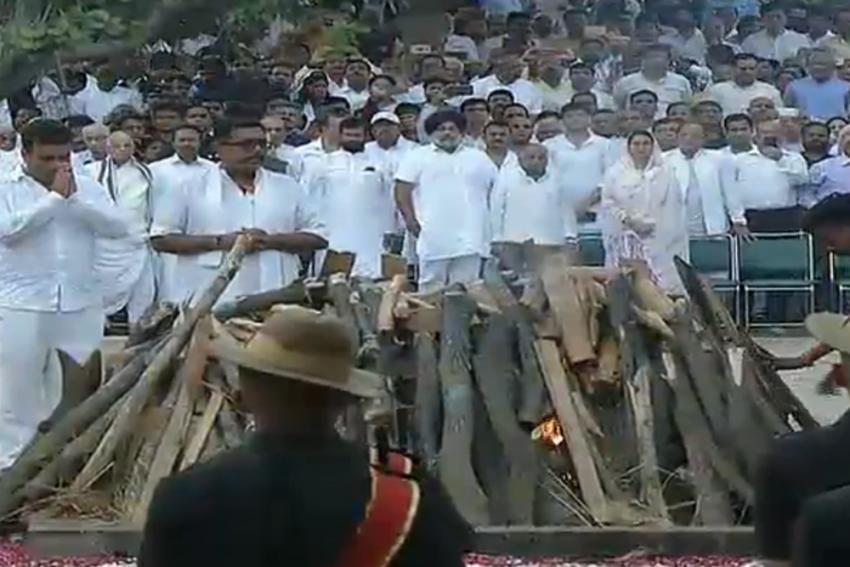 India Bids Farewell To Former PM Atal Bihari Vajpayee