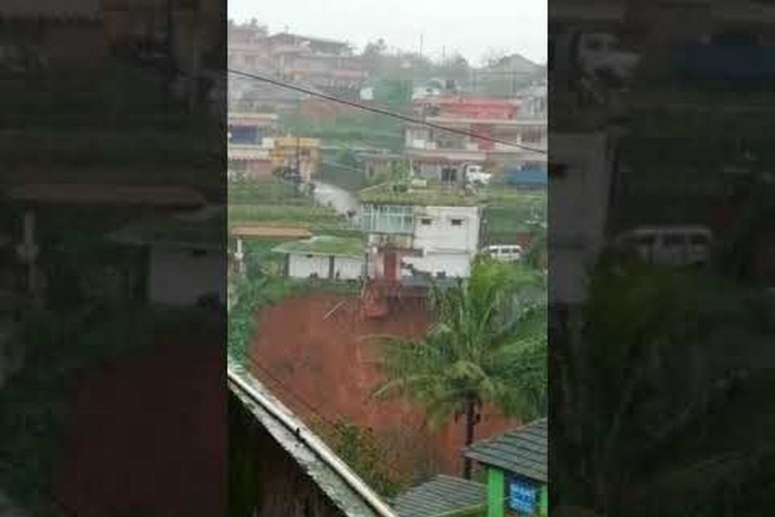 Video   Karnataka Floods: Two-Storey Building Plunges Into Valley In Kodagu