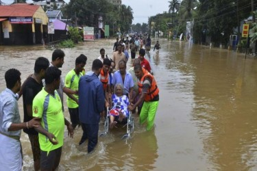 Kerala Rains: 19 Killed As NDRF Teams Continue Rescue Operations, Amit Shah Assures Centre's Help