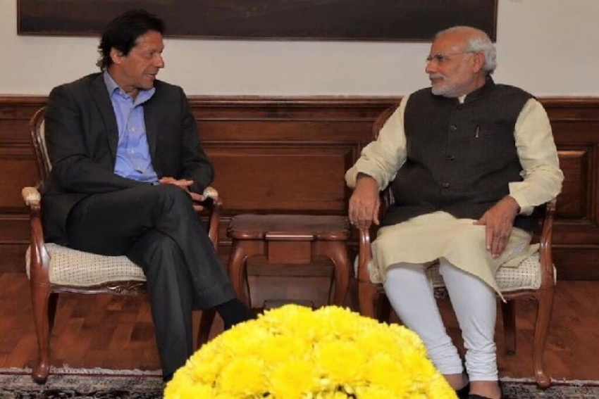 Pakistan Backtracks, Says No Dialogue Offer From PM Modi To Imran Khan